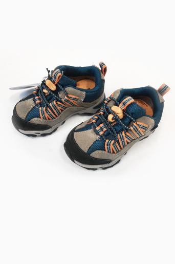 5736cf994bdf11 Брендовая детская обувь: сток оптом дешево